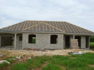Les photos de la toiture - Forme de toiture maison ...
